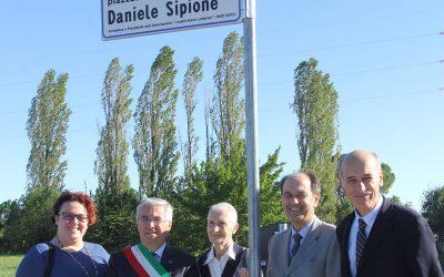 """Il """"Piazzale Daniele Sipione"""" ricorda una grande opera di solidarietà"""