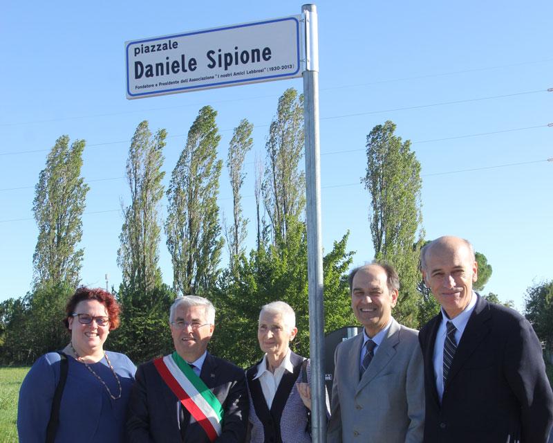 Intitolazione Piazzale Daniele Sipione